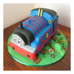 3D Thomas the train cake