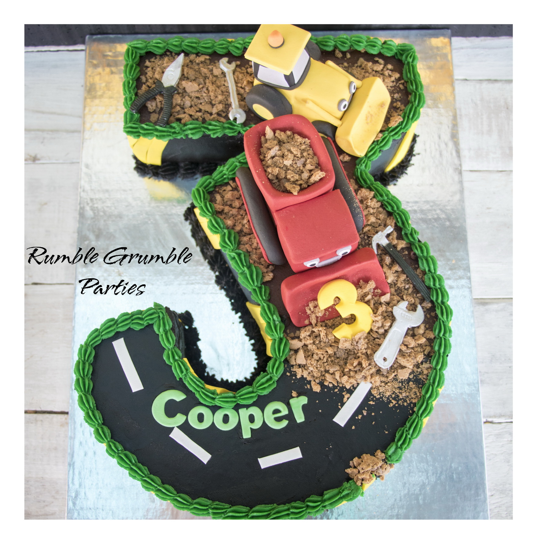 Number 3 Construction Cake – Rumble Grumble Parties